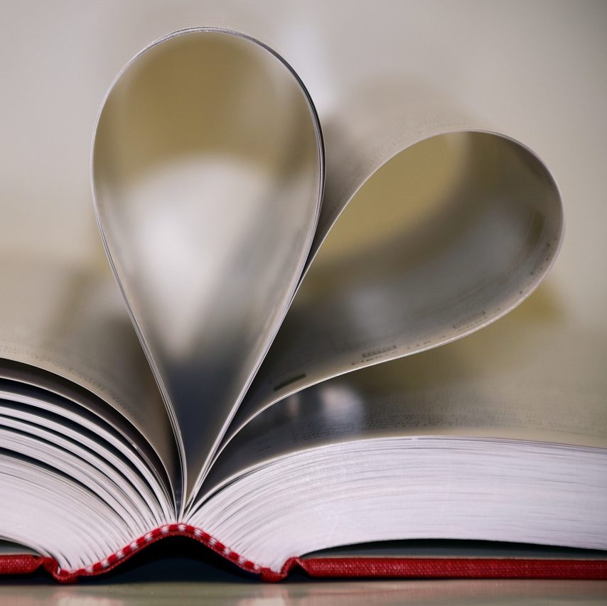 book-1975830_1280
